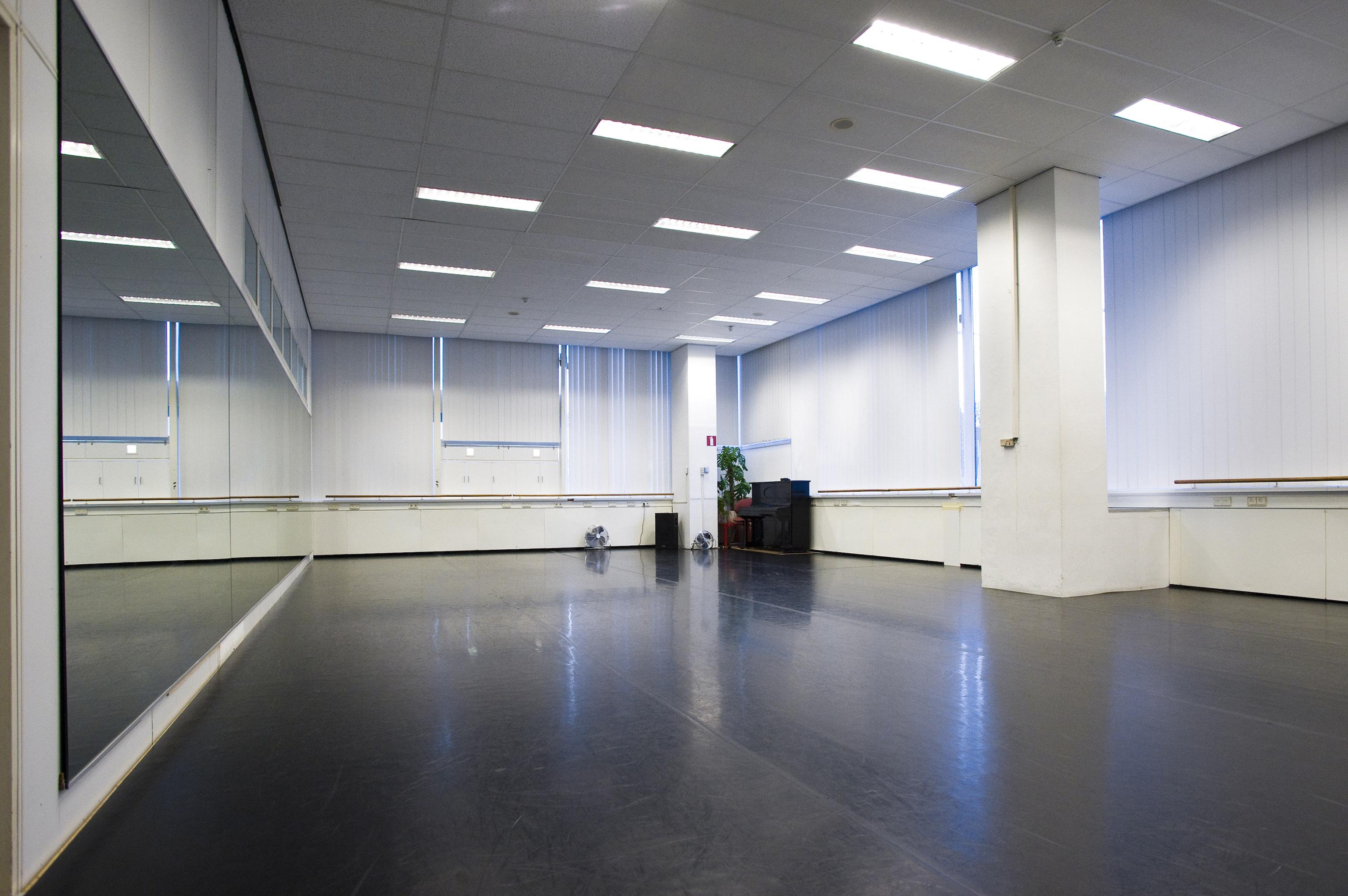 Favoriete Studios - New Dance Studios ED-18